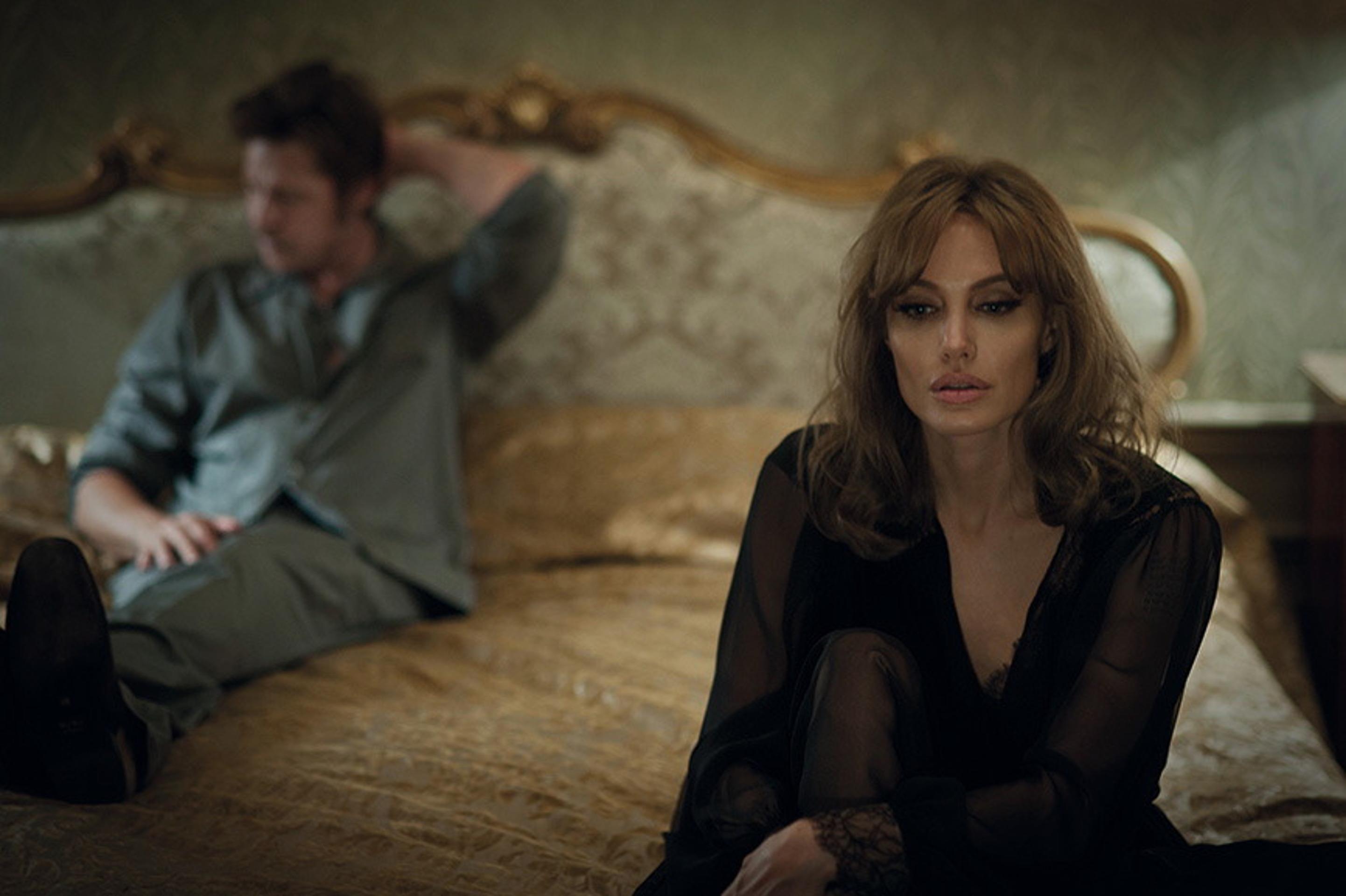 By the Sea - Angelina Jolie und Brad Pitt - eine